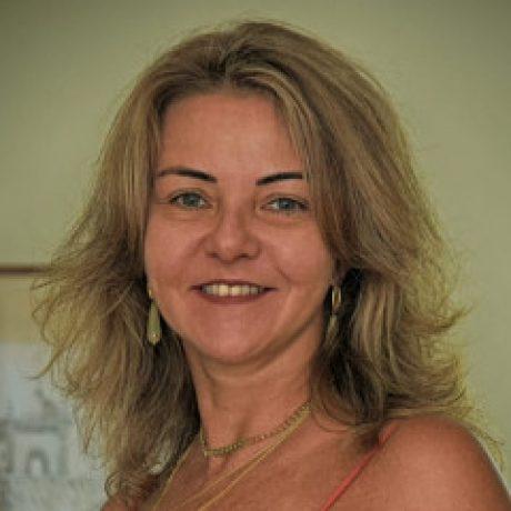 Profile picture of Claudia Fraga Moreira